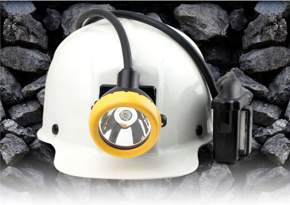 Professional LED miner's cap lamp brightness of 11000lx 16hours workingtime safety reliable long life span of 10000hours. IP68 diving certificated.